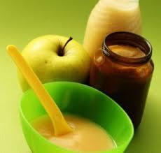 Cara Mengukus Buah Apel dan Pir Agar Disukai Bayi