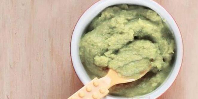 Resep MPASI Bayi Pure Ayam Brokoli yang Enak, Sehat, dan Bergizi